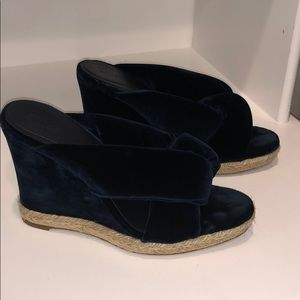 CHLOE dark navy blue velvet wedges size 39